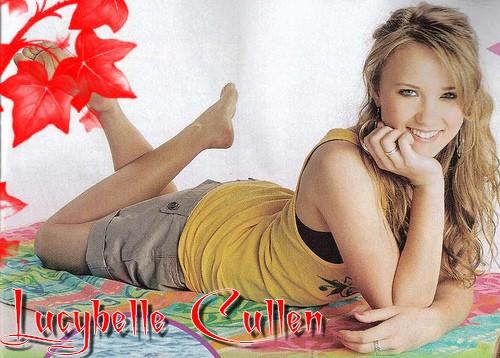 Liens de Lucybelle Cullen: Emily-osment-emil...0-358-36-1d422a5