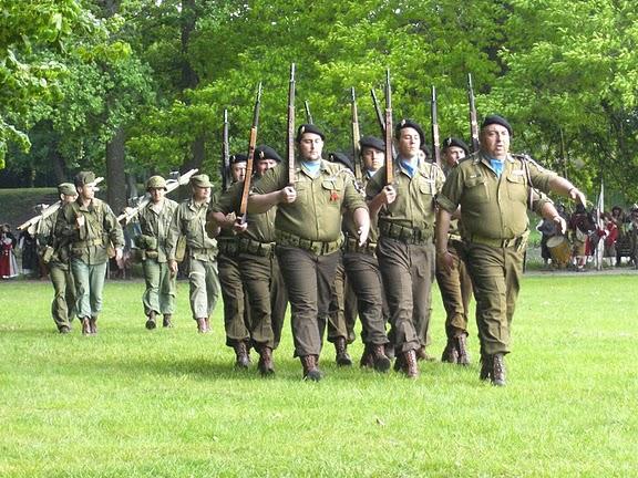 L'Association Crèvecoeur: La 29éme Division d'Infantrie U.S. de 1942-1945 Cimg0206-1--1cc5fe5